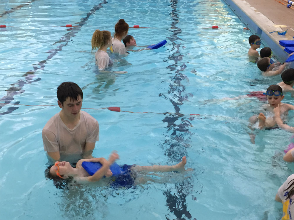 children's swimming lesson in st albans